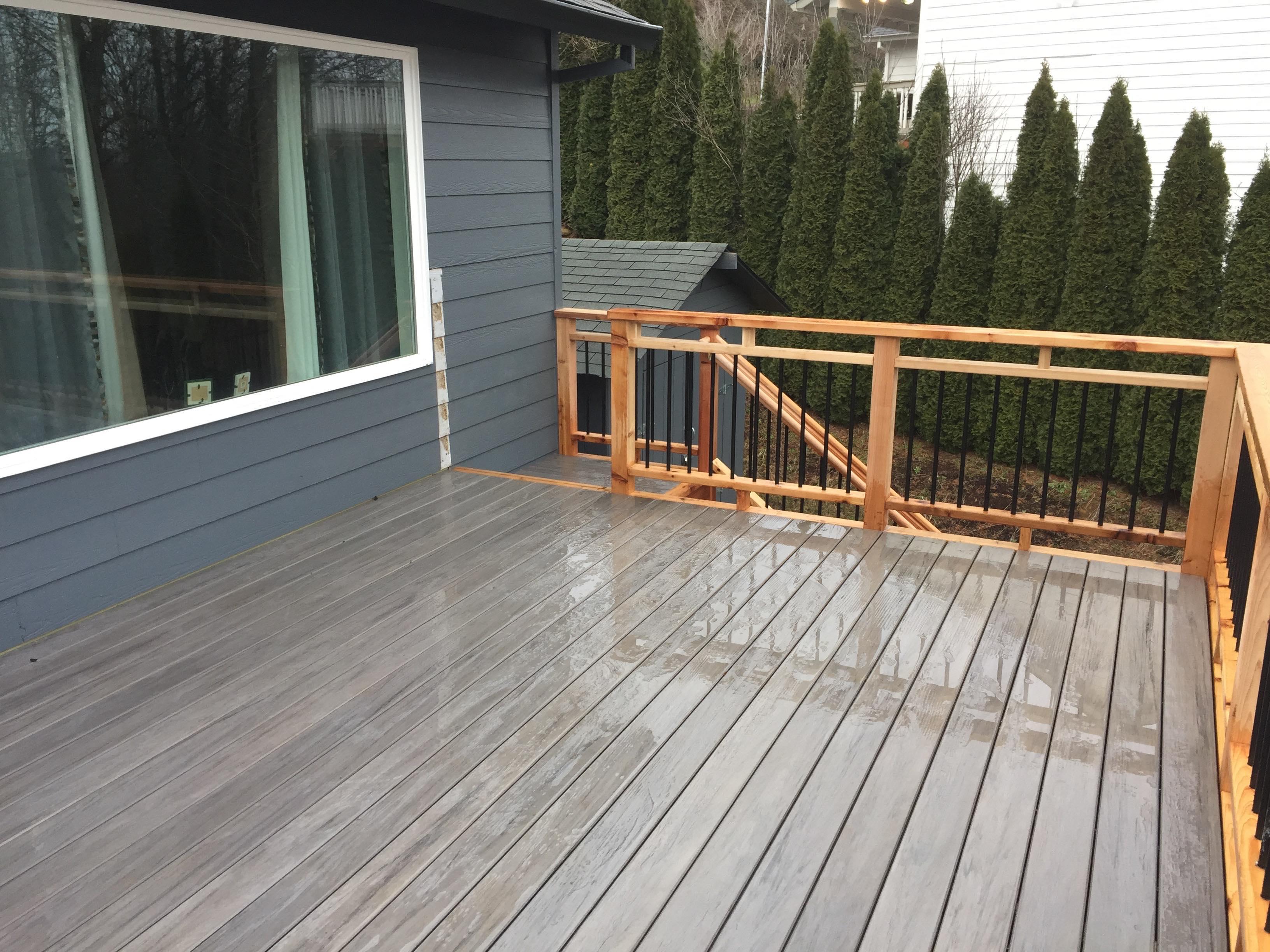 Timbertech Deck w/cedar rails and Dekorator pickets