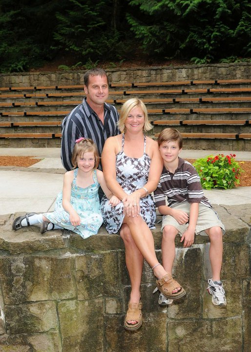 David Izer, Owner of Buildstrong Construction and his family