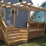 Inside corner steps, Cedar Decking & Trellis with a built-in bar